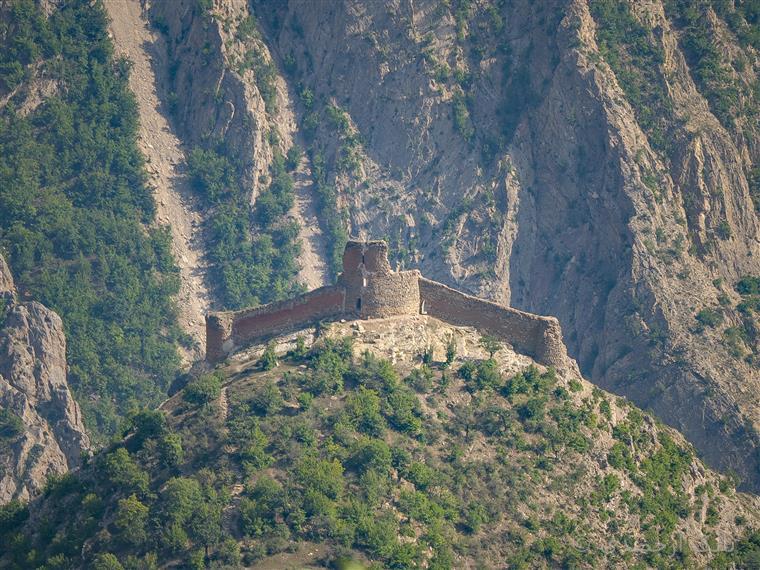 قلعه کنگلو معروف به عقاب مازندران